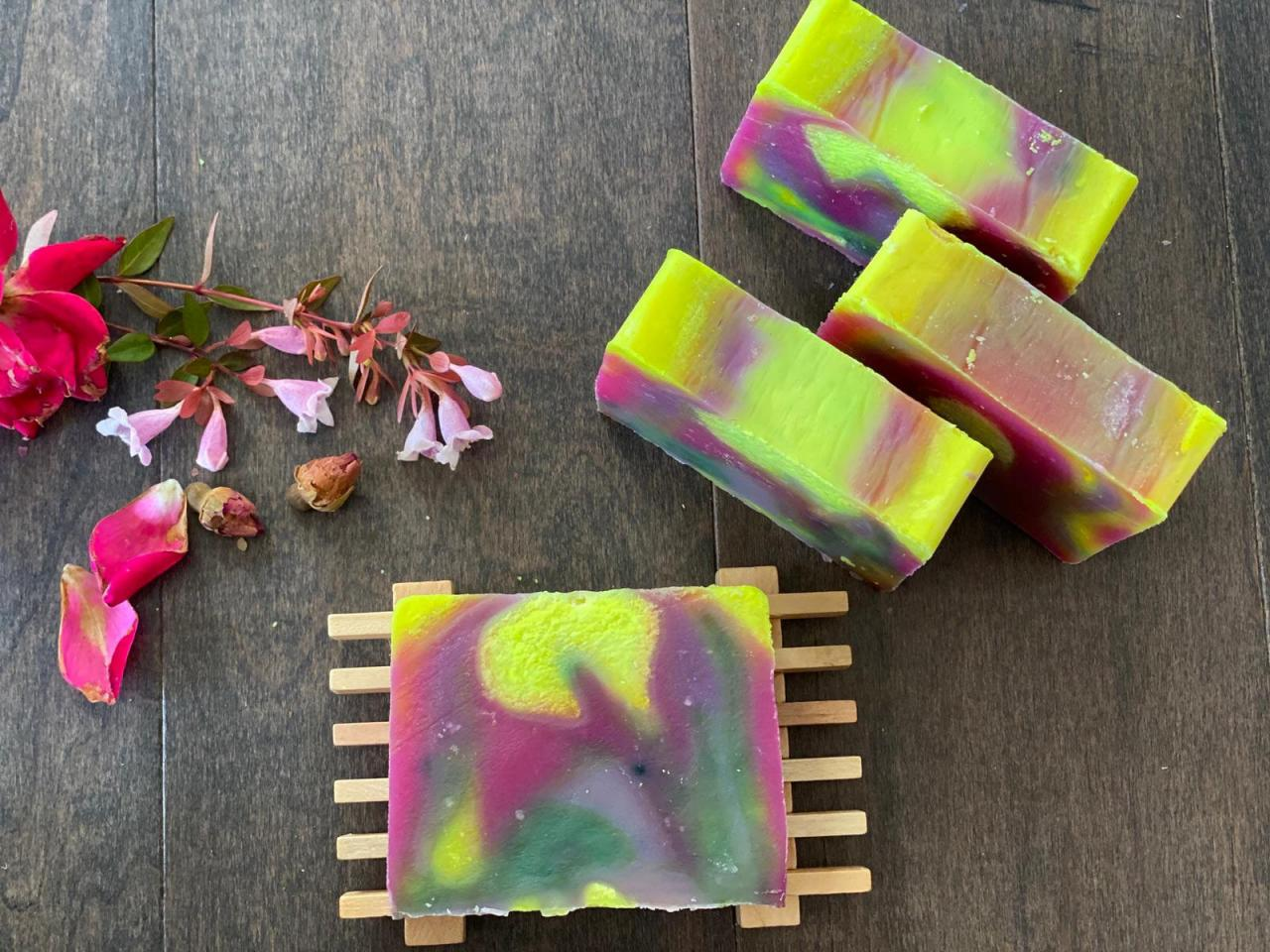 Colorful Natural Handmade Soap, DUPATTA SOAP with Free Facemask, Artisan Soap